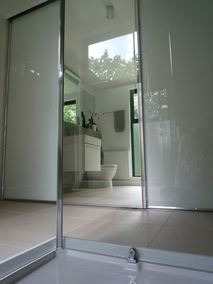 Ensuite Shower Room ArchitectureLIVE Modern bathroom