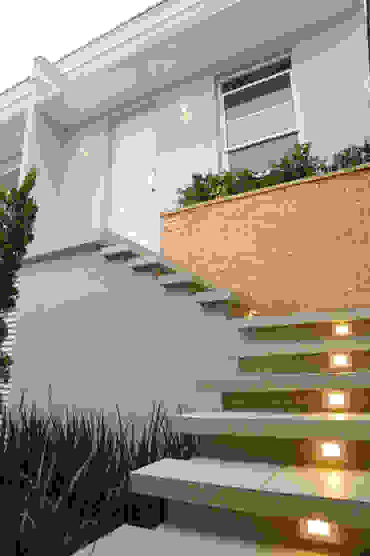 Casa nova, bairro antigo Casas campestres por Fernanda Chiebao- ARCHI Campestre