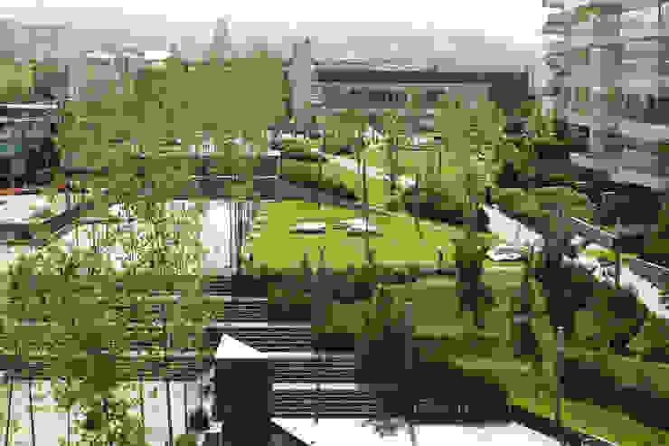 Parque Vidalta Jardines de estilo moderno de Serrano Monjaraz Arquitectos Moderno