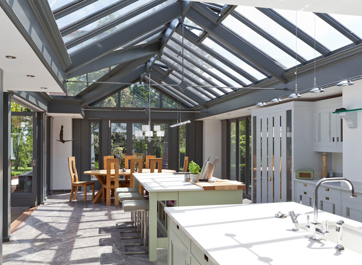 Large Kitchen Conservatory Modern conservatory by Vale Garden Houses Modern