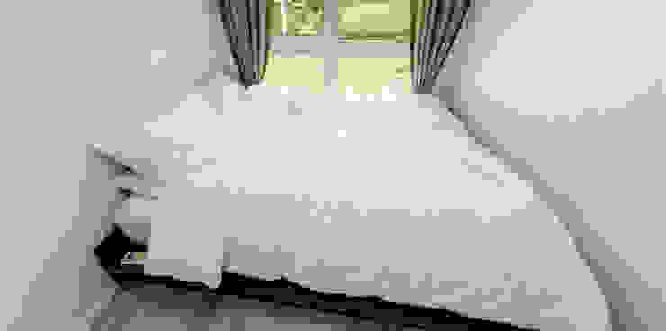 Modern style bedroom by 큐브디자인 건축사사무소 Modern