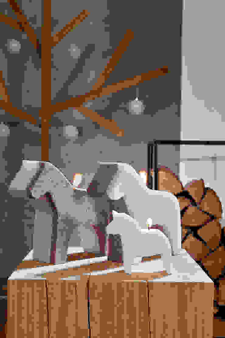 Bougie déco de Noël cheval scandinave par Bougies la Française Scandinave