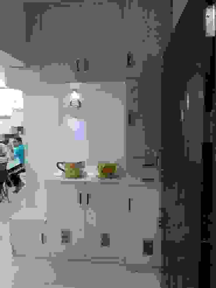 kitchen Modern kitchen by ajinkyainteriors Modern