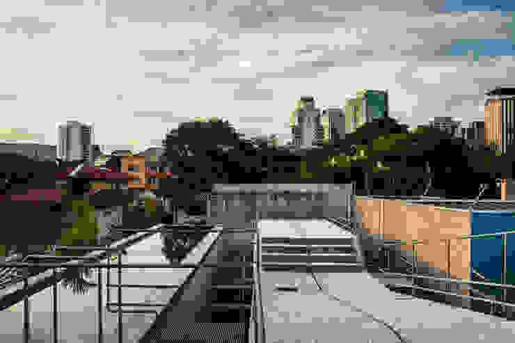 CASA DE FIM DE SEMANA EM SÃO PAULO Casas por spbr arquitetos