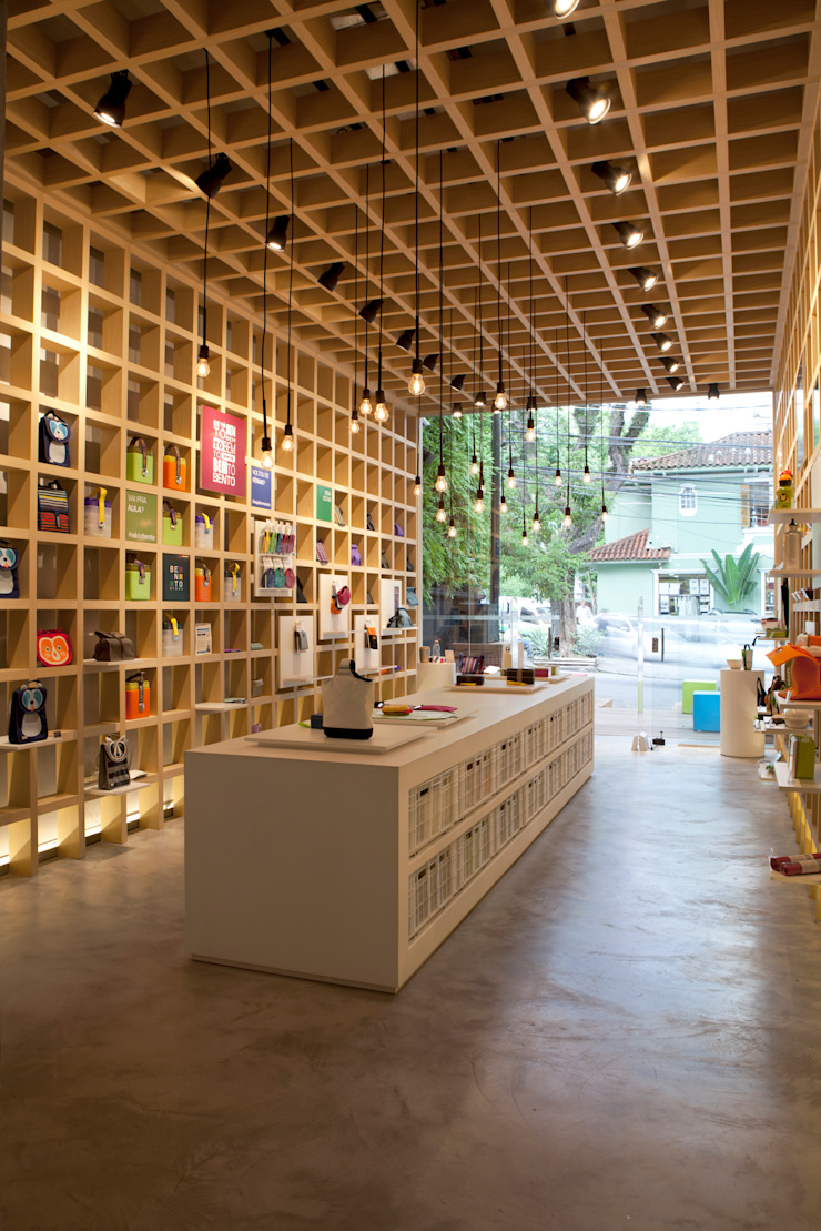 Modern offices & stores by Leticia Nobell Arquitetos Modern
