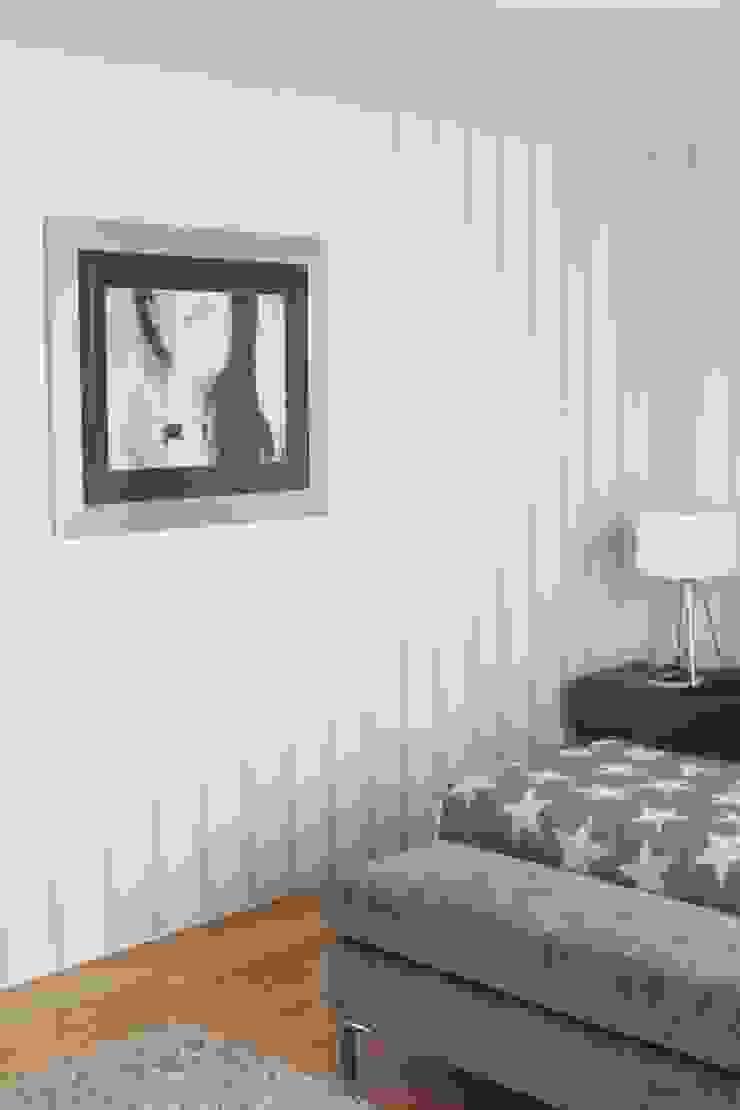 QUARTO - ALFRAGIDE Quartos modernos por Stoc Casa Interiores Moderno