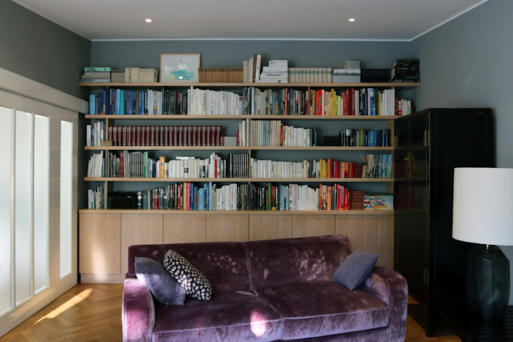 Bookshelf tredup Design.Interiors Modern Living Room
