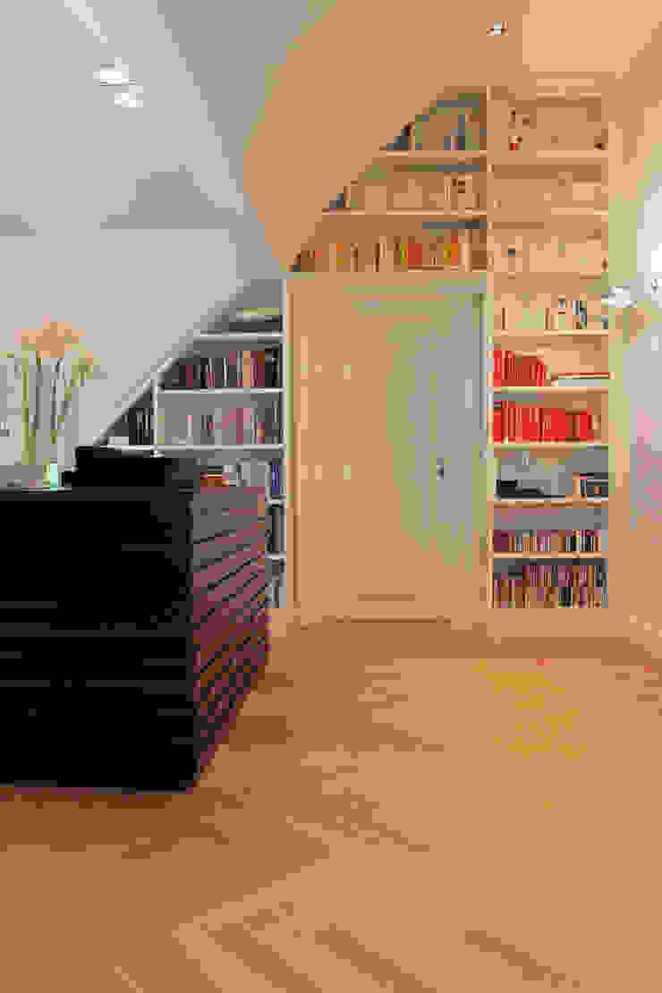 Bookshelf and Sideboard tredup Design.Interiors Modern Living Room