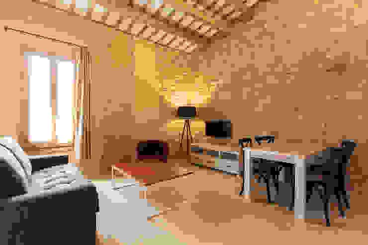 Port Lligat 5 Hoteles de estilo mediterráneo de Gramil Interiorismo II - Decoradores y diseñadores de interiores Mediterráneo