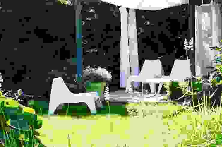 Ogród Nowoczesny ogród od NISZA DESIGN OGRODY Nowoczesny