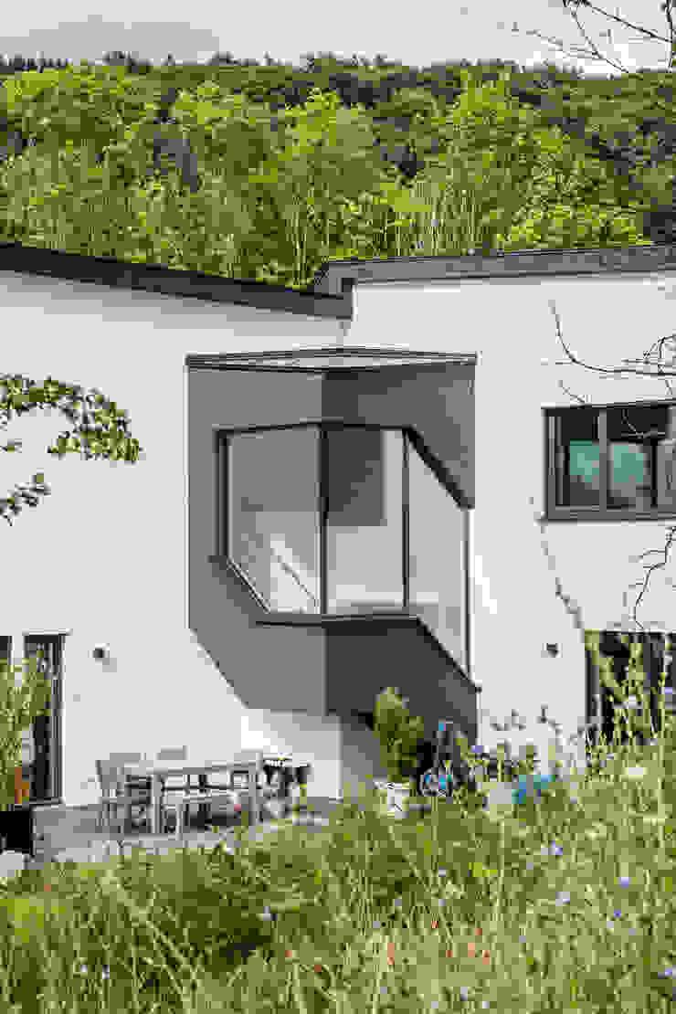 Haus Z – Einfamilienwohnhaus in Seeheim Moderne Häuser von Helwig Haus und Raum Planungs GmbH Modern