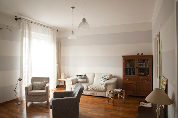 _Mondrian Home_ Soggiorno eclettico di Alessandro Multari Ingegnere - I AM puro ingegno italiano Eclettico