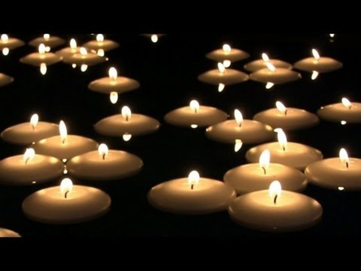 Ivory floating candles de The London Candle Company Moderno