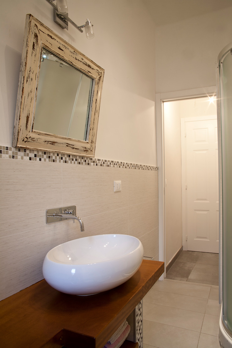 Baños de estilo moderno de Alessandro Multari Ingegnere - I AM puro ingegno italiano Moderno