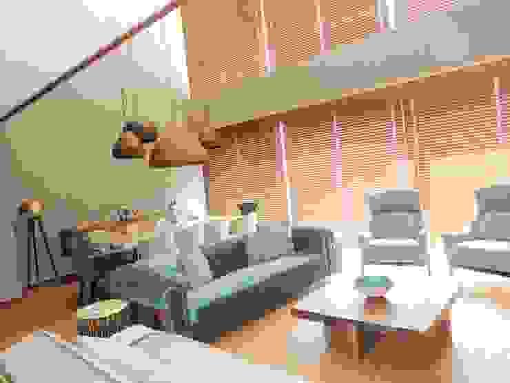 A project in İzmir, Turkiye. - İzmir'de uygulaması bize ait bir projenin salonundan bir kare. Modern Oturma Odası Visage Home Style Modern