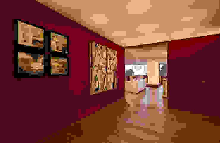 Departamento Polanco 1 Modern Corridor, Hallway and Staircase by Lopez Duplan Arquitectos Modern