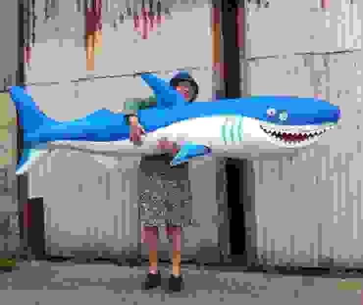 Shark: modern  by DesignRealisation, Modern