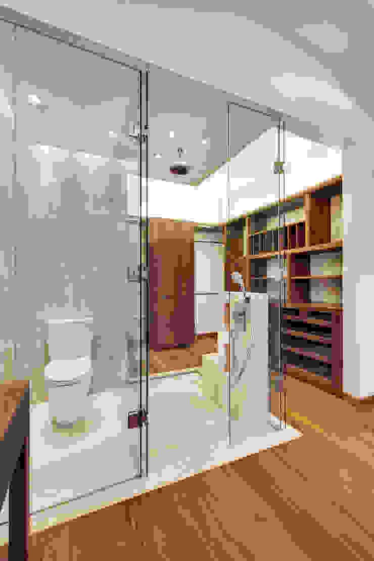 Rancho San Francisco Lopez Duplan Arquitectos 現代浴室設計點子、靈感&圖片