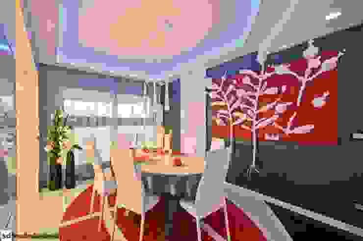 Dining room by studiodonizelli, Modern