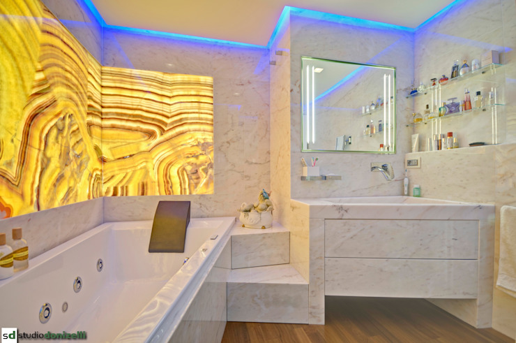Bathroom by studiodonizelli, Modern