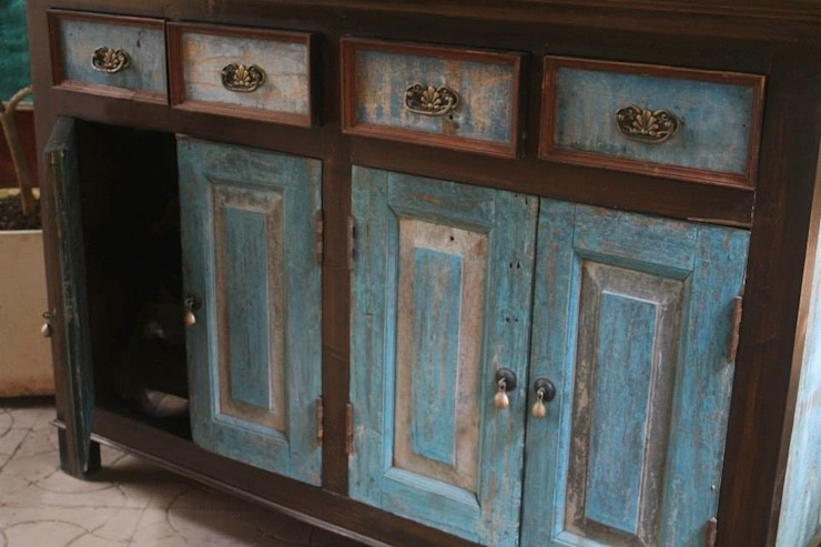 Cupboards and cabinets: rustic  by Uttara And Adwait Furniture, Rustic