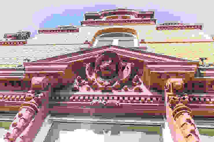 Detail Fassade Klassische Häuser von Wohnwert Innenarchitektur Klassisch
