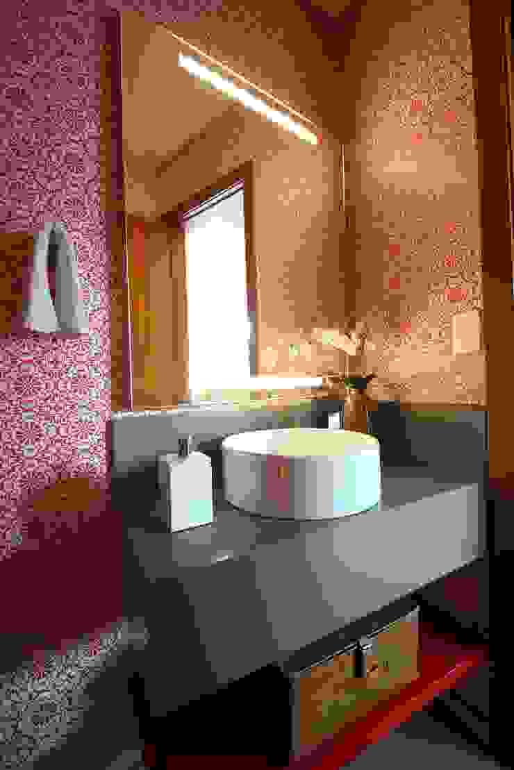 Modern style bathrooms by MeyerCortez arquitetura & design Modern