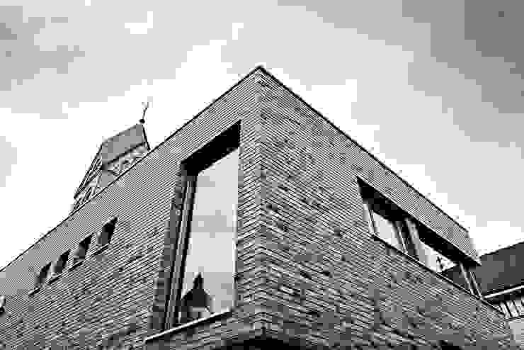 Neubau des Pfarrzentrums St. Josef und St. Norbert , Köln Architekt Scherer Köln von Rebecca Peetz Fotografie