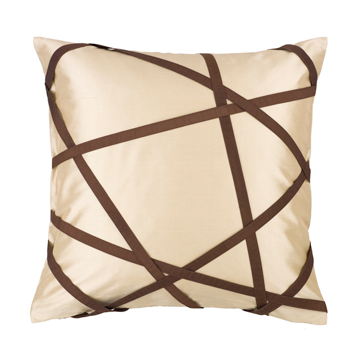 Tres Chic Ivory Handmade Silk Cushion by Le Cocon