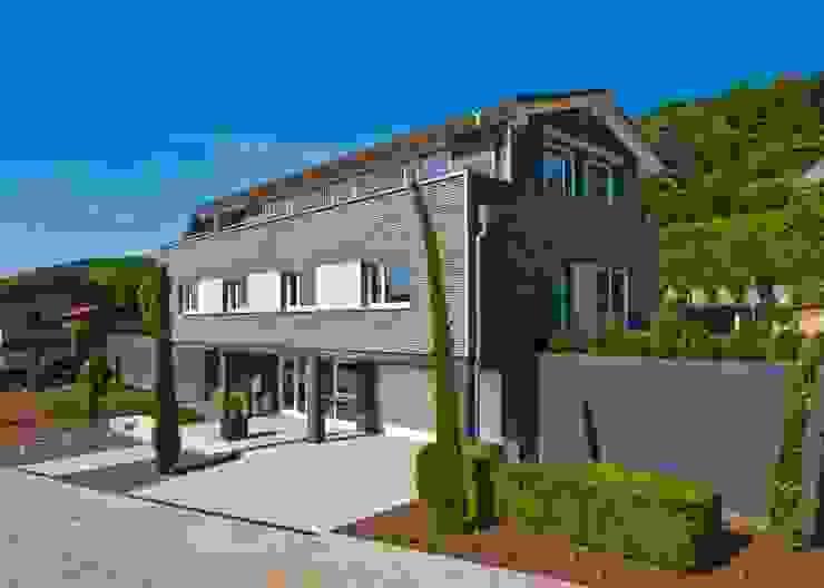Außenaufnahme: modern  von Bau-Fritz GmbH & Co. KG,Modern