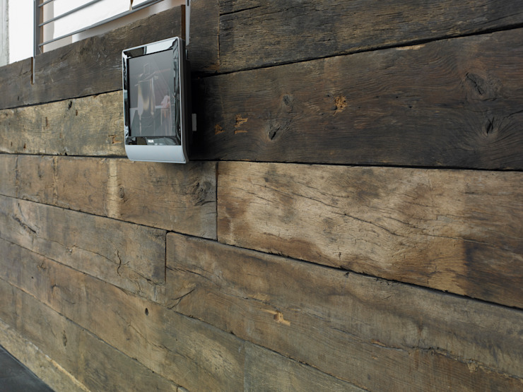 old oak Multimedia roomAccessories & decoration