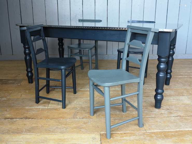 Bespoke Zinc Tables are available to order from UKAA por UKAA | UK Architectural Antiques Clássico