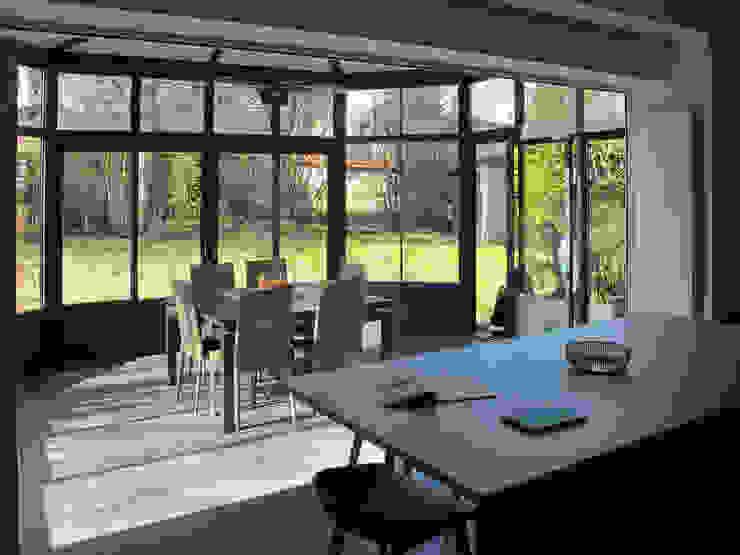 ห้องครัว โดย Jean-Paul Magy architecte d'intérieur, โมเดิร์น