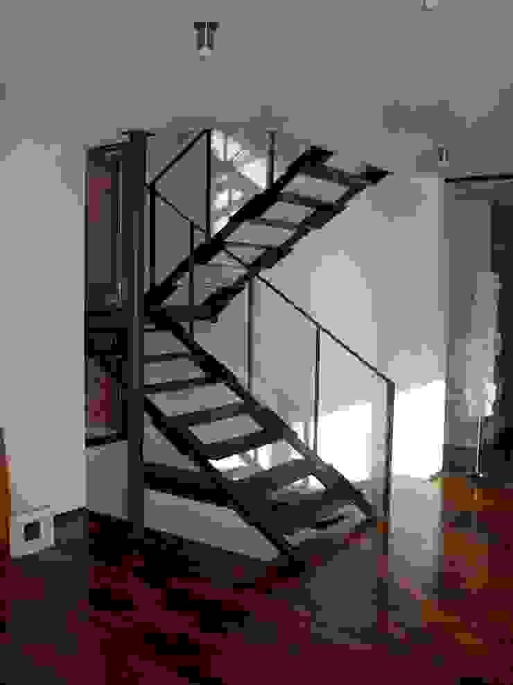 Planungsbüro GAGRO Eclectic style corridor, hallway & stairs