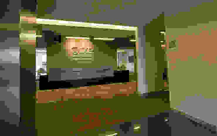 Corporativo IXE / Banco Deuno by usoarquitectura Modern