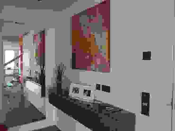 Planungsbüro GAGRO Walls & flooringPictures & frames