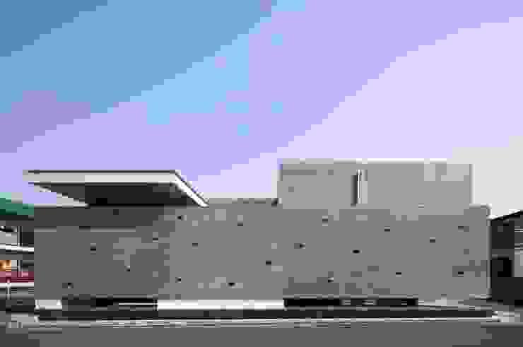 現代房屋設計點子、靈感 & 圖片 根據 澤村昌彦建築設計事務所 現代風