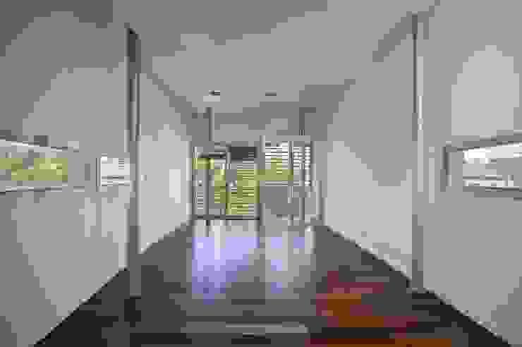 SALON SUPERIOR Salas de estilo moderno de JoseJiliberto Estudio de Arquitectura Moderno