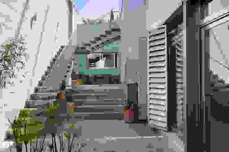 Jardines de estilo moderno de JoseJiliberto Estudio de Arquitectura Moderno