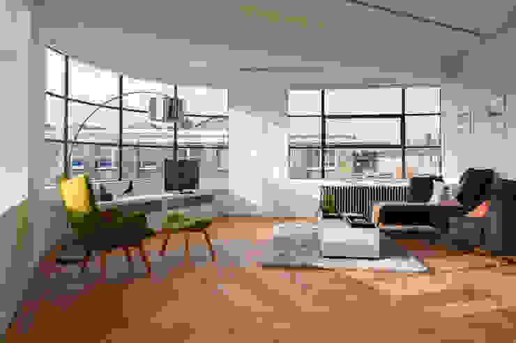 Drakes Headquarters, 76 East Road—Residential Flats Modern living room by Hawkins/Brown Modern