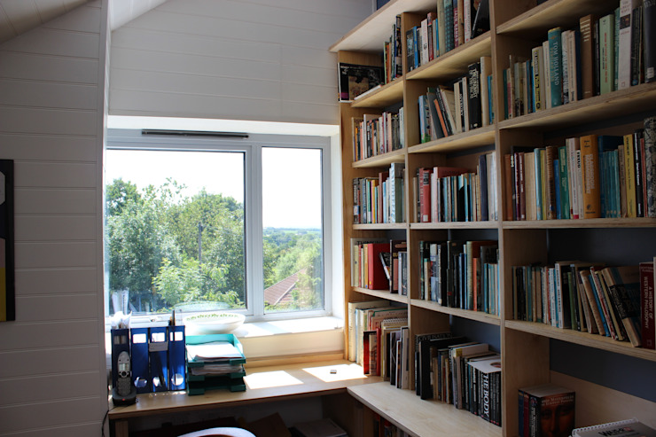 Study Scandinavian style study/office by Phi Architects Scandinavian