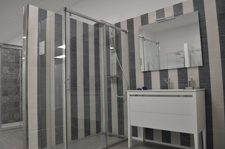 MAMPARAS SANTANDER Modern bathroom