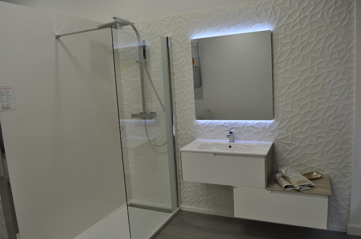 AMBIENTE 5 Baños de estilo moderno de MAMPARAS SANTANDER Moderno