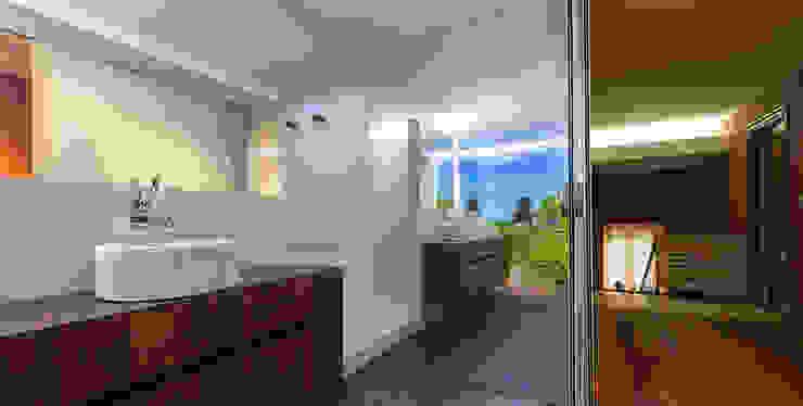 Baño en Arrazola.. Baños de estilo moderno de Estudio TYL Moderno
