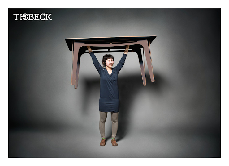 Thobeck Tisch Eins: modern  von KwiK Designmöbel GmbH,Modern