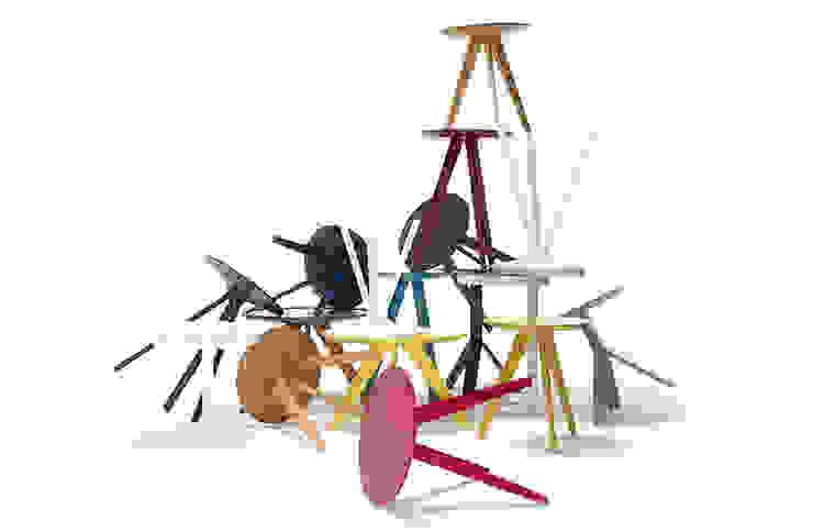 Designer Tischfamilie Wood Fellas: modern  von KwiK Designmöbel GmbH,Modern