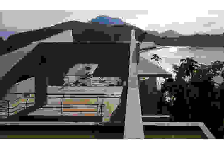 CASA EM UBATUBA por spbr arquitetos