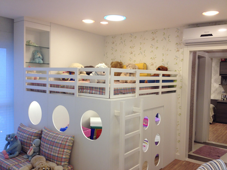 Nursery/kid's room by Juliana Marodin, Modern