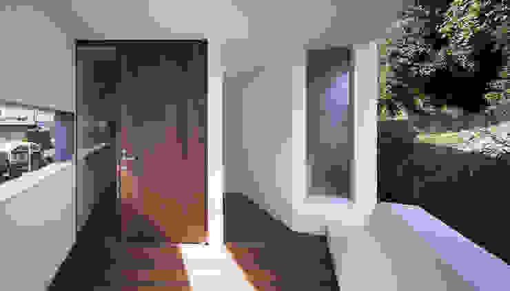 House in Umamioka モダンデザインの テラス の 設計組織DNA モダン