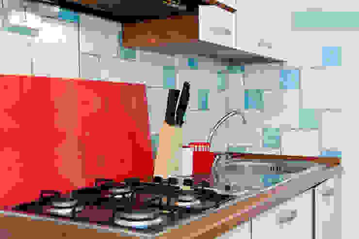 Monolocale Il Nido_Home Staging Case in stile mediterraneo di ArchEnjoy Studio Mediterraneo